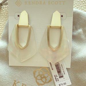 Kendra Scott Kensley Gold Earrings, ivory pearl